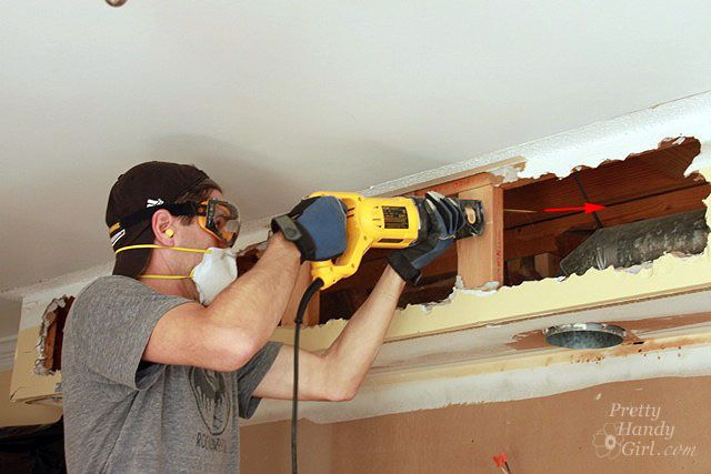 How to Remove a Soffit – Kitchen Renovation