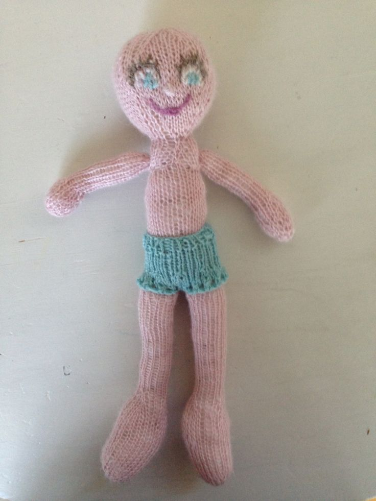 Litle Ina (knitted doll)