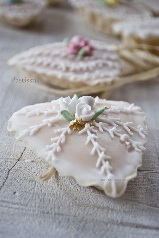 Italian #cookies from #Sardinia Mon petit bistrot: Is Pastissus (Paste reali di mandorle)