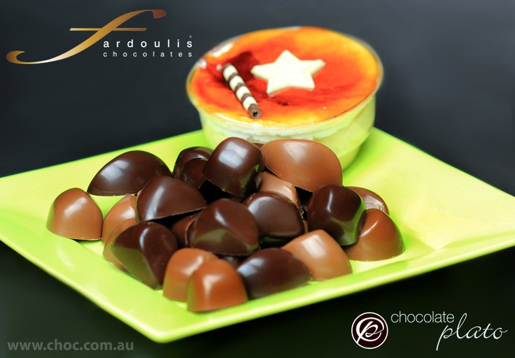Caramel and Crunchy Praline wafer, made with pure couverture milk and dark chocolate..Be a star  !!!!