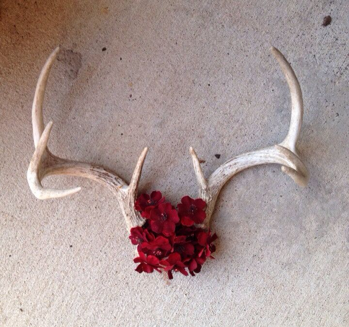 Deer+Antler+Decor+by+DeerSeasonWidow+on+Etsy,+$38.00