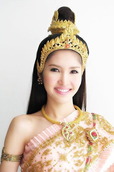 ปักพินในบอร์ด Thai Dress copy by Cambodian.