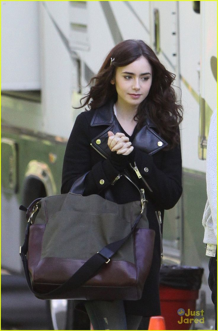 lily collins sam claflin love rosie set 05, Lily Collins has an argument with Sam Claflin while shooting night scenes for Love, Rosie in Toronto, Canada on Tuesday night (May 14).    The 24-year-old actress…