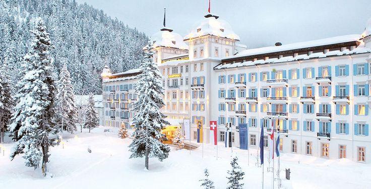 St. Moritz ist einer der bekanntesten Ferienorte der Welt – schick, elegant und exklusiv!  Verbringe 4 bis 7 Nächte im 5-Sterne Kempinski Grand Hotel des Bains. Im Preis ab 939.- sind das Frühstück und ein 50 Franken Wellness-Gutschein inbegriffen.  Buche hier das Ferien Angebot: http://www.ich-brauche-ferien.ch/ferien-in-st-moritz-fuer-939-franken/