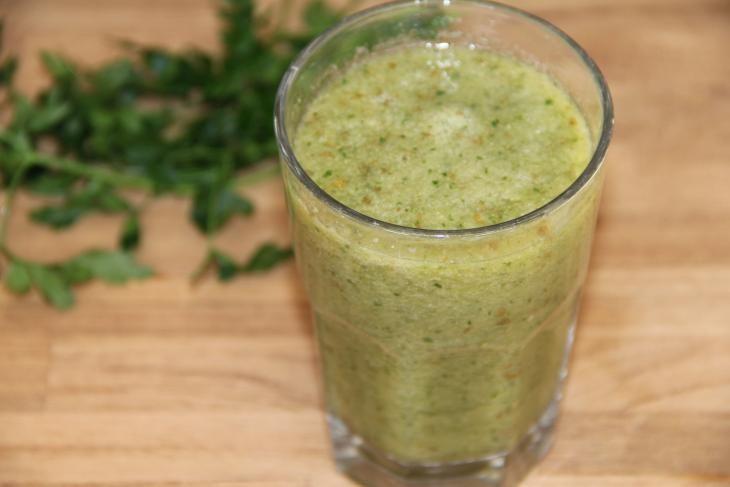 Fennel and pear green smoothie - Groene smoothie met venkel en peer