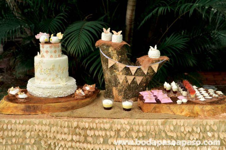 Candy Bar temático, troncos variados en tamaños formas como base para pastel y postres. Decoracion Bodas El Salvador. www.bodapasoapaso.com