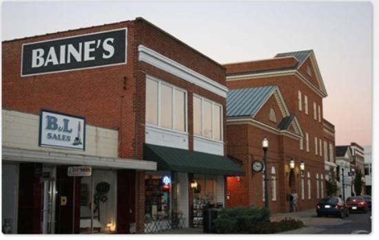 Baine's Books and Coffee Photo - coffee stop! Appomattox, VA