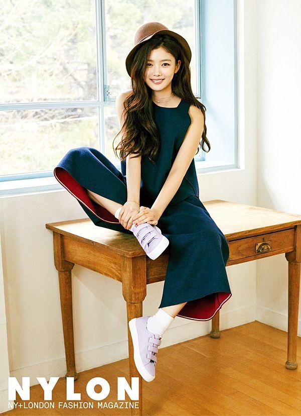 Scandinavian fashion sneakers(shoes) brand skono liberty velcro canvas shoes for men and woman. World licensee : SKONOKOREA Contact for sales(online, offline) : help@skonokorea.com