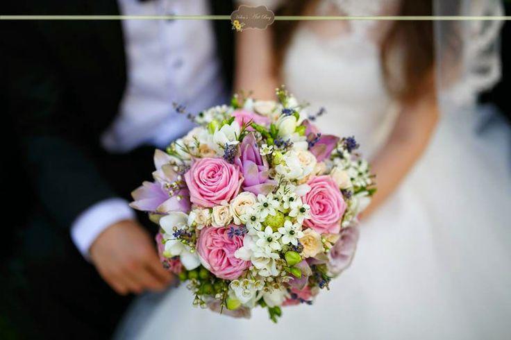 coloured bouquet - roses, curcuma, ornithogalum, fresia, lavander