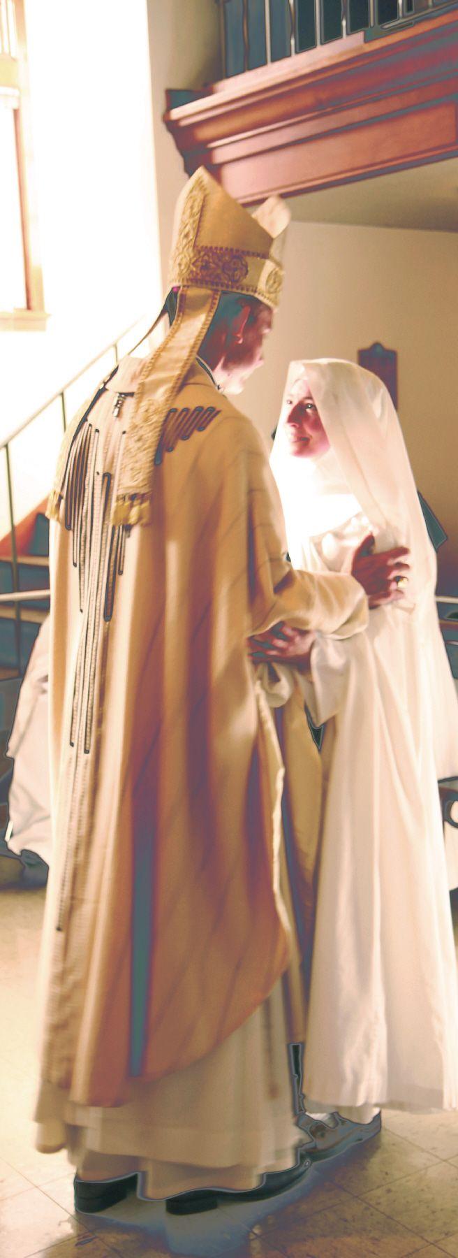 Cistercian Nuns Of Prairie Du Sac Solemn Profession Sr Christina Marie Look