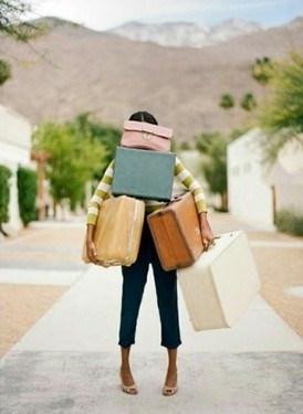 girl struggles with cases luggage: The Roads, Vintage Suitca, Travel Lights, Packs Lights, Travel Tips, Palms Spring, Travel Bugs, Vintage Luggage, Bags