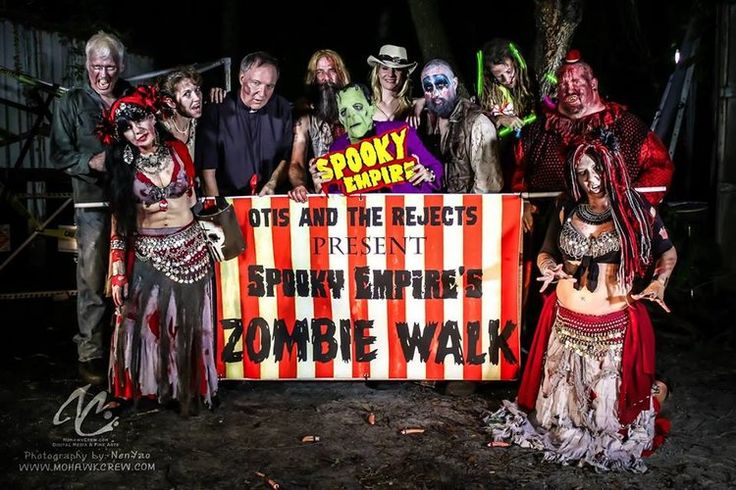 Zombie Walk — Spooky Empire