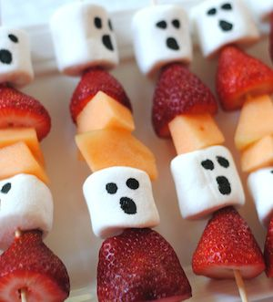 Impress your halloween party guests with these halloween food ideas! There is something for everyone here. There are creepy halloween foods for adults and cute treats for kids.These halloween food ideasinclude creepy cookies, spooktacular snacks, frightful fruit trays and eerie entrees. Cookies Mummy Pumpkin Cookies from OMG Chocolate Desserts Spider Infested Chocolate Chip Cookies from …