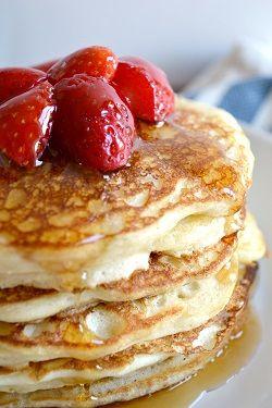 Fluffy Vanilla Greek Yogurt Pancakes on MyRecipeMagic.com