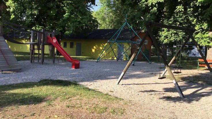 Spielplatz Bad Vöslau Schlosspark