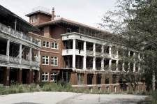 Adam Tuberculosis Sanatorium - was opened in September of 1912 in Perryburg, near Buffalo, NY. Many patients died, as did several nurses who are rumored to have committed suicide. Disembodied screams and strange shadows have been reported.