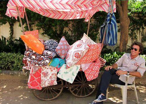 pillows!! Wouldn't this be a fun booth idea for a craft fair or farmer's market?!