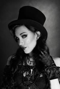 STEAMPUNK STORY Chapeau noir cabaret victorien élégant