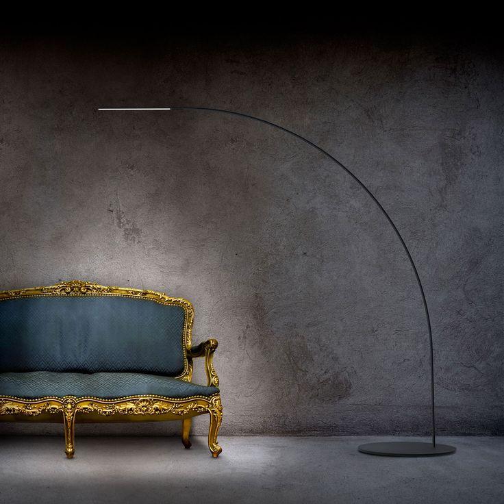 The sleek LED floor lamp YUMI by Fontana Arte and architect Shigeru Ban