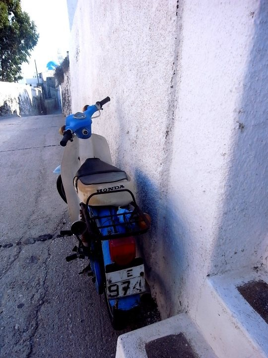 A cute scooter!! — at Thira, Santorini, Greece.