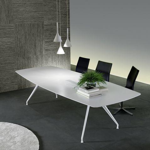 struttura alluminio bianco opaco e piano in acrilico bianco opaco.Rimadesio