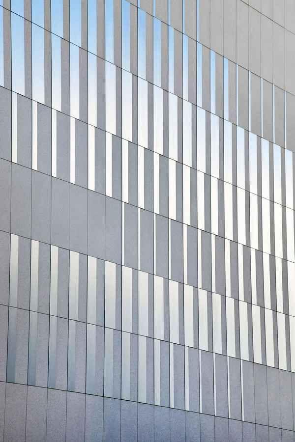 Centre Sportif Pajol  18th arrondissement, Paris  Brisac Gonzalez Architects