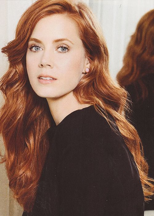 Everytime I see her hair I want to go back to red.