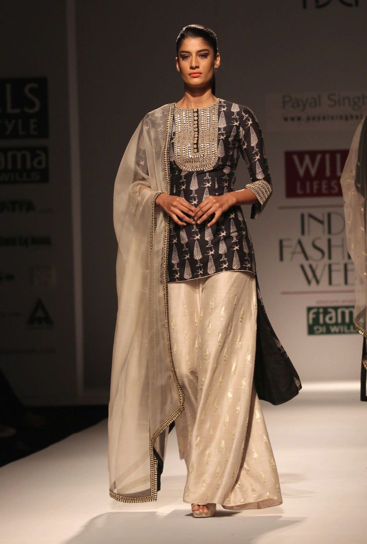 Payal Singhal outfit. Will copy this for 2014 wedding season!