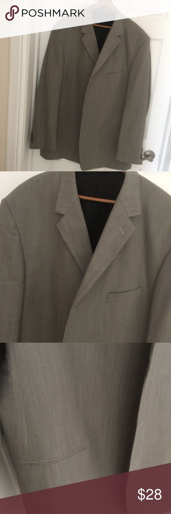 Men's Sports Jacket/Blazer 52L Nice sport jacket by Pierre Cardin.100% Worsted Wool.Very good condition.Sz 52L Pierre Cardin Suits & Blazers Sport Coats & Blazers