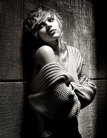 Scarlett Johnsson Monochrome Picture: Albert Watson, B W Portraits, Scarlett Johansson, Johansson Albert, Timeless Beautiful, Media Artists, Beautiful People, Scarlett Johnsson, Monochrome Pictures