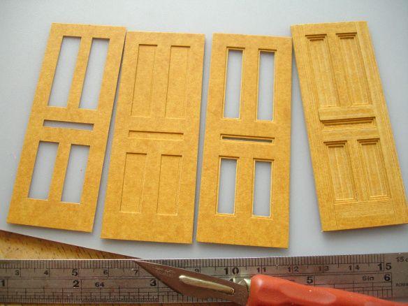 ステンシルカードにパネル張りドアを作るのステージ
