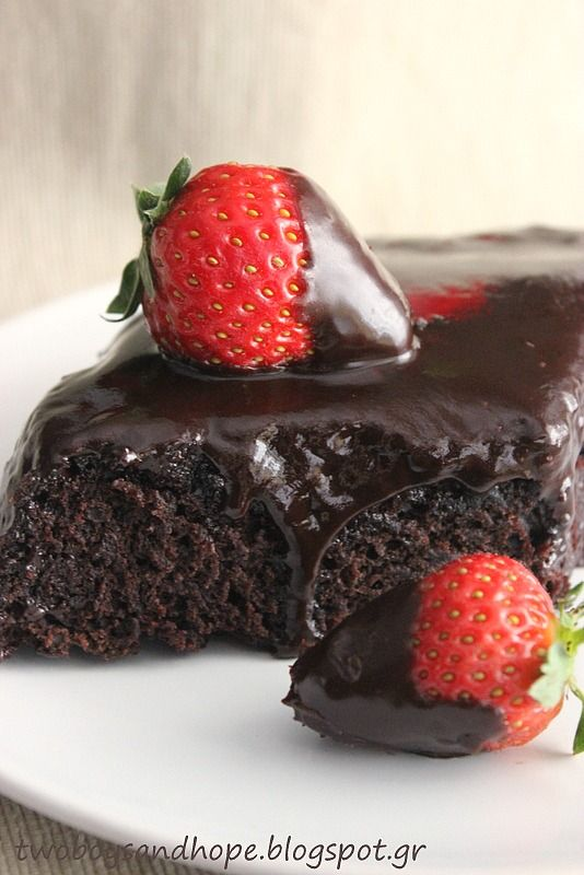 Πάσχα στην κουζίνα: Σούπερ σοκολατένιο κέικ (νηστίσιμο) - Craftaholic