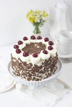 Schwarzwälder Kirschtorte Rezept // Black Forest Cherry Cake Recipe // Sweets and Lifestyle