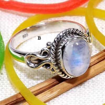Designer Silver Ring, Rainbow Moonstone Ring, Moonstone Ring, 925 Sterling Silver Ring #RainbowMoonstoneRing #StackRings #DelicateRings #MoonstoneRings #RainbowMoonstone #HandmadeRings #Handmade #EtsyFinds #Etsy www.cosmocrafter.com