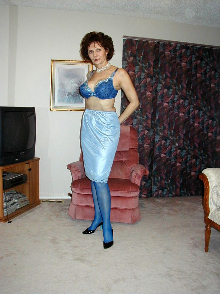 kaycee cougar women Pinks milf, older and mature women, grannies and cougars site.