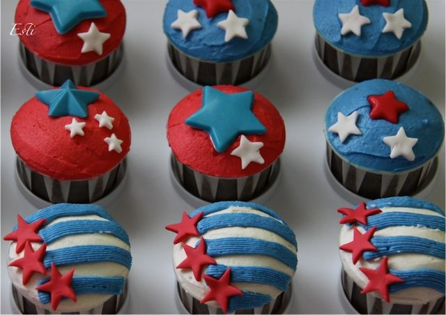 More Red,Blue,White - Happy 4th July !: Blue Cupcakes, Zen Cupcakes, Happy July, 4Th July, 4Th Of July Cupcakes 2014, Cakes Cupcakes Ideal, Happy 4Th, Cupcakes Frenzi, Cupcakes Rosa-Choqu