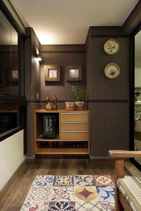 Piso de Madeira - Com a aplicação do piso imitando madeira, o projeto assume um conceito sustentável e fica mais econômico. Confira algumas dicas desse tipo de piso.