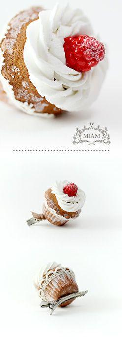 Pince à cheveux cupcake framboise. MIAM PARIS.
