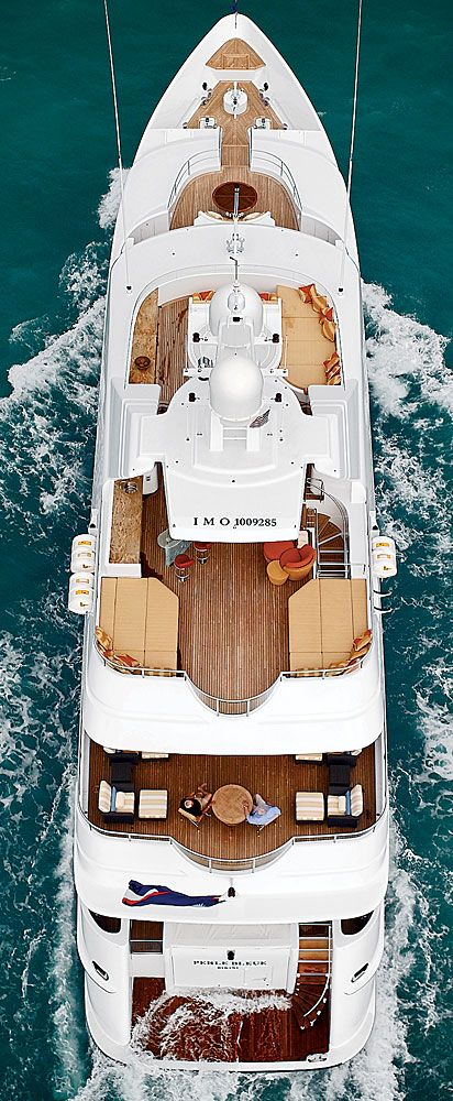 Missing the warmer weather right now, this luxurious yacht makes lounging by the sea look like perfection.  | Robbreport
