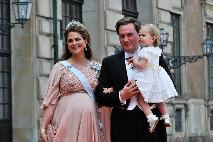 Prinses Madeleine van Zweden is bevallen - Het Nieuwsblad: http://www.nieuwsblad.be/cnt/dmf20150615_01731717?utm_source=facebook