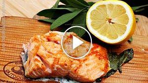Somon pe placa de cedru la grătar – 2 metode | rețeta video