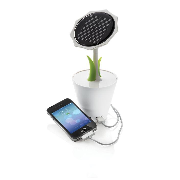 Girasole solare  Vaso di fiori con batteria al litio ricaricabile da 2500mAh (con output da 5V max. 1000mA) 2 foglie di colore verde, grande pannello solare rotondo, input mini USB e output USB e 2 luci LED.  Include cavo mini USB.   Design registrato®