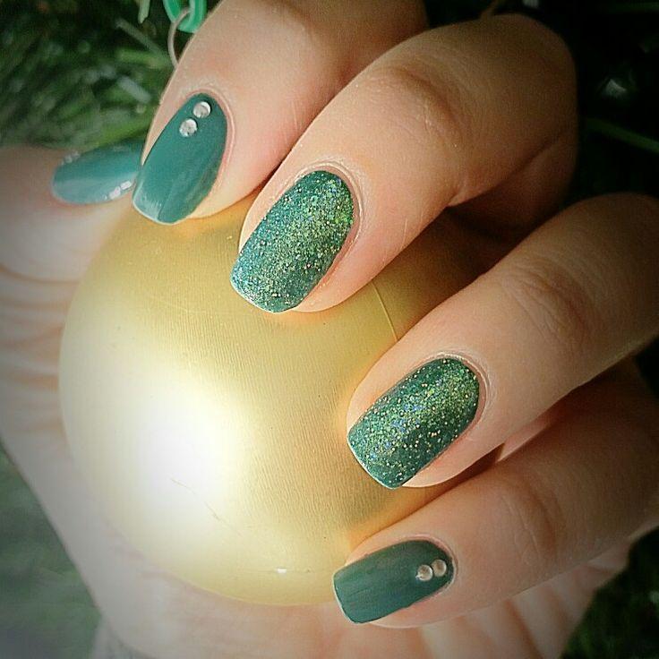 Christmas time nail art