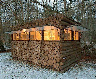 tiny & cute little cabin