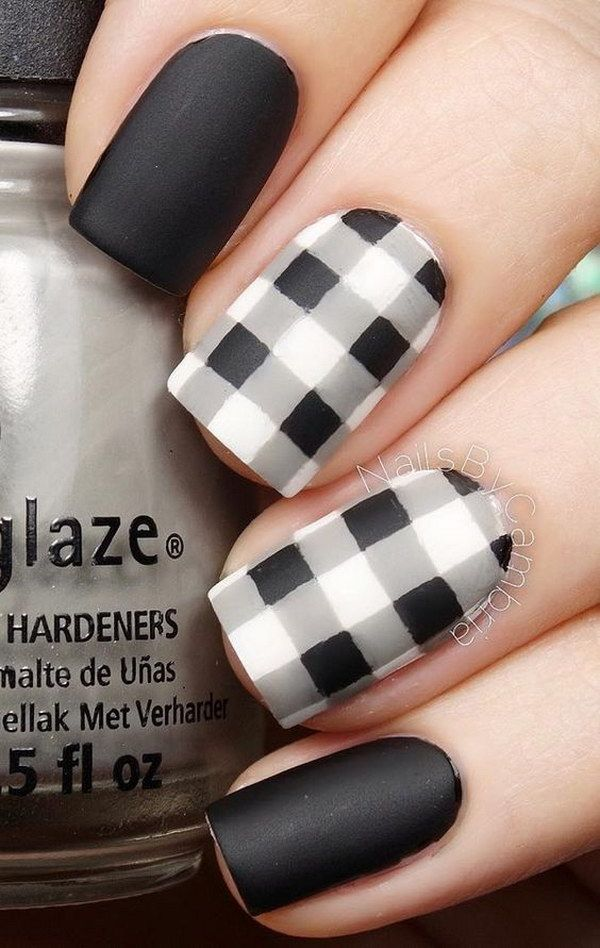 Black and white Matte Plaids Nail Art Design.
