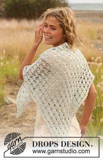 """Crochet DROPS shawl in """"Cotton Viscose"""". ~ DROPS Design"""