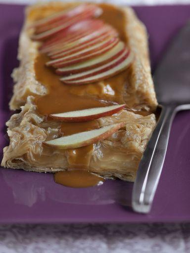 Recette de Terrine de crêpes aux pommes, au caramel et au beurre salé