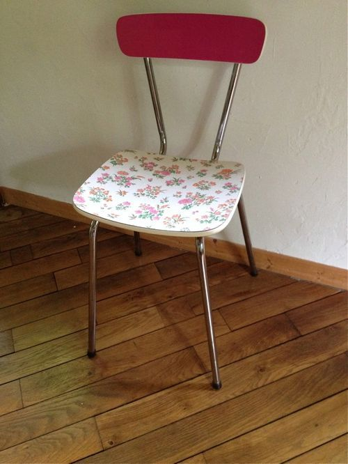 Customiser chaise formica relooker des meubles de cuisine - Relooker chaise formica ...