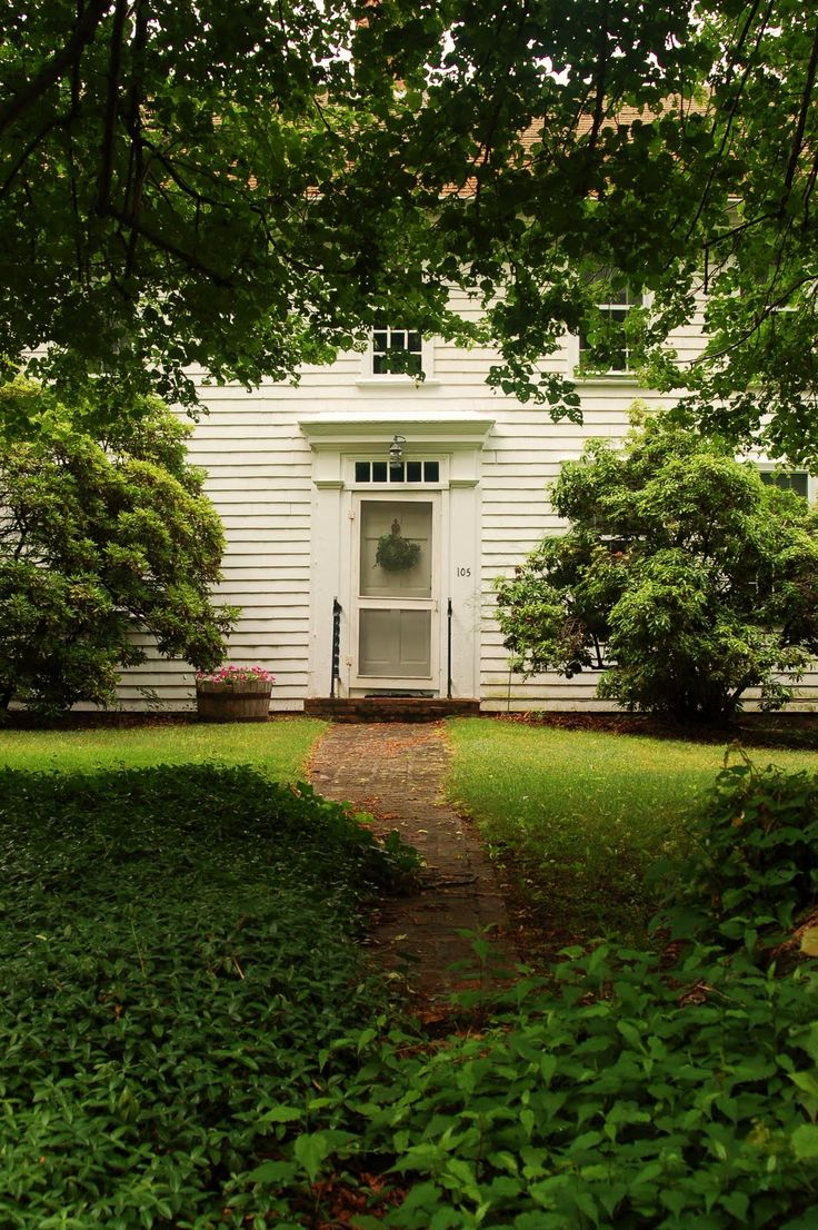 152 best colonial homes images on pinterest saltbox houses simple front landscaping of colonial home connecticut