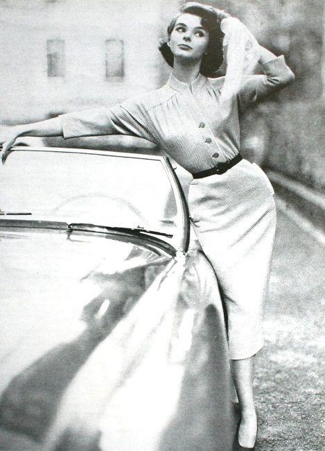 Advertisement for Hanro Fashion, Elegance (Dutch) April 1955